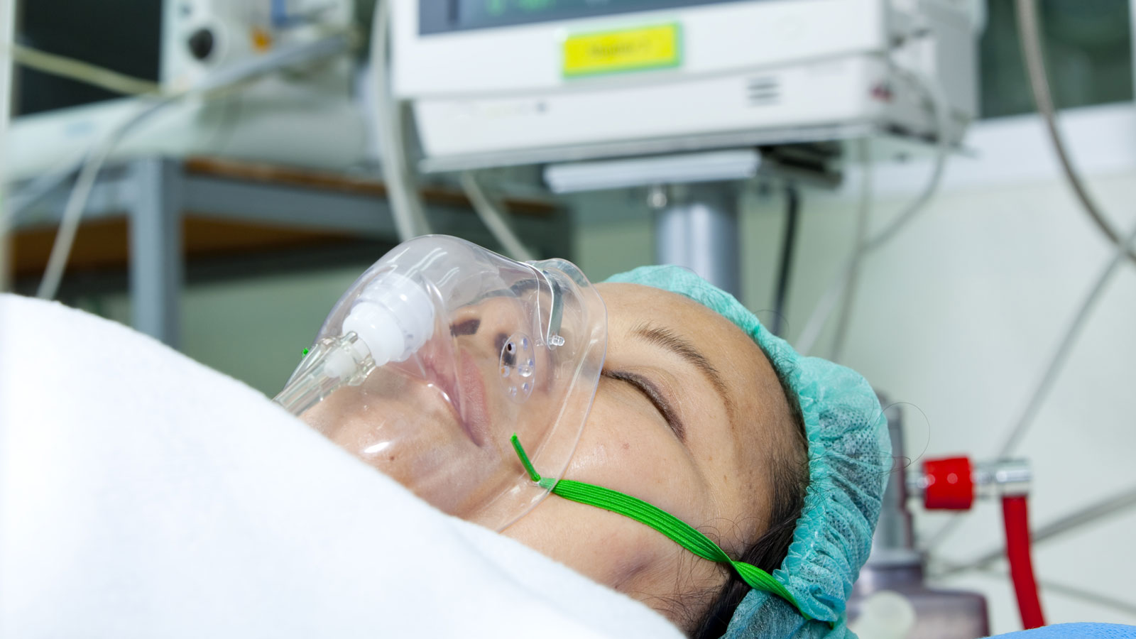 "<h4>Double the ventilator supply</h4><p>It's time to use federal emergency powers to ramp up ventilator supply so that we can double the available number in the next four weeks. <a href=""https://uspirg.webaction.org/p/dia/action4/common/public/?action_KEY=37331"" style=""text-decoration:underline!important;"">Take action.</a></p>"